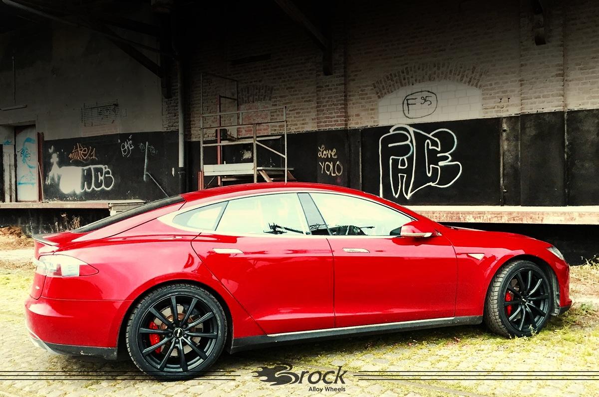 Tesla Model S Brock B32 SKM