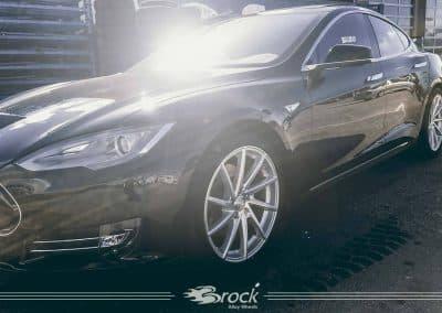 Tesla Model S Brock B37 KSVP
