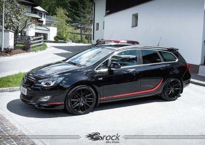 Opel-Astra-J-SportsTourer-B34-SKM-859