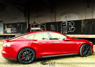 Tesla-Model-S-Brock-B32-SKM